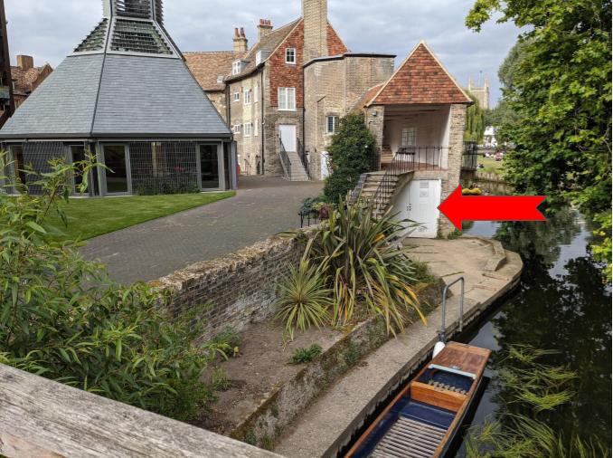 [Kayak House Location]